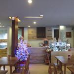 シンパンシウールのカフェ・ディジョン(Cafe DIJON)でお茶