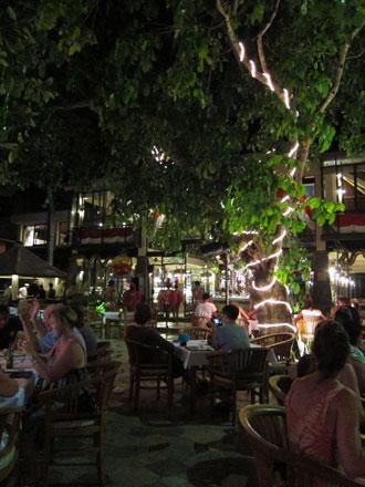 バリ島グルメ: ビーチサイドでイタリアン♪ リストランテ・イタリア