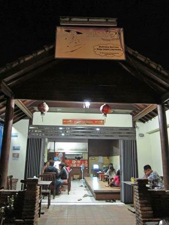 バリ島グルメ: たまにはインドネシア料理も☆ おすすめワルンミスターWOK