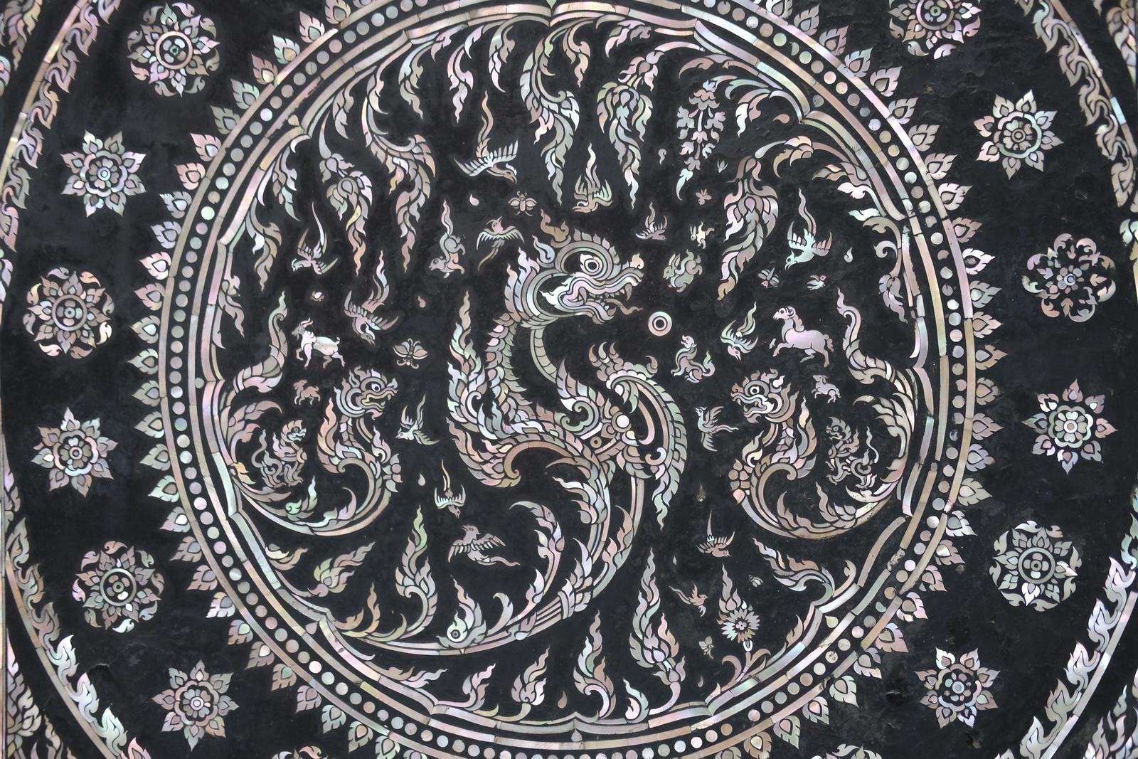 タイの螺鈿細工