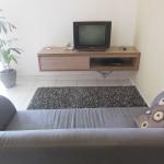 バリ島デウィスリ裏の綺麗なキッチン付きホテル・1ヶ月650万ルピア(長期割引あり)