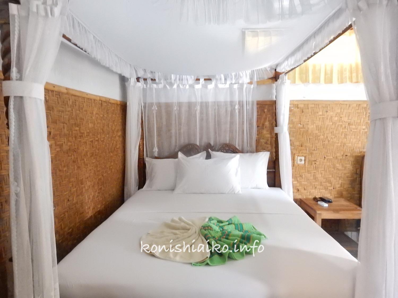 バリ島天蓋ベッド