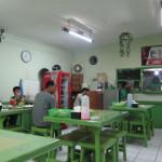 """バリ島グルメ: 鶏肉のいろんな部位が食べられるワルン """"KEBON KACANG"""""""