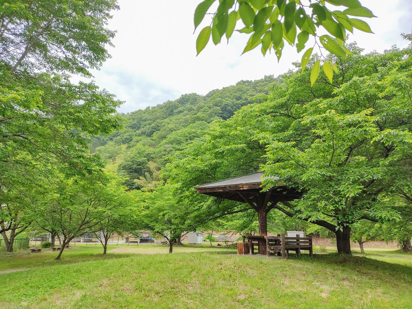 大雲寺の東屋