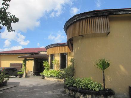バリ島スーパー: ロータス・グルメ・ガレージ