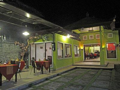 ヌサドゥアのインド料理レストラン