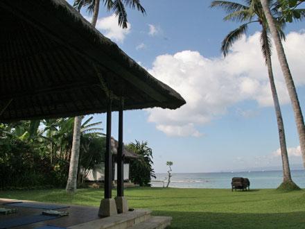 バリ島ヨガ1