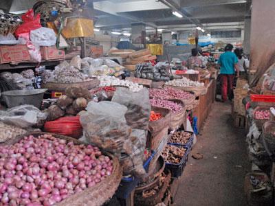 バドゥン市場8
