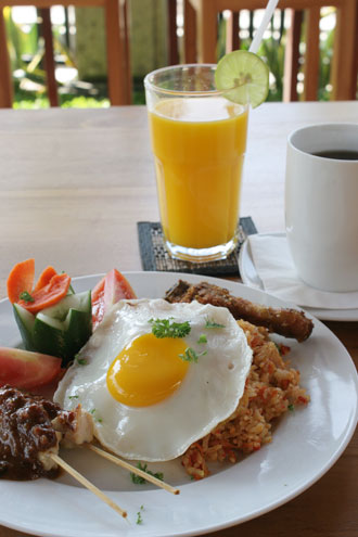 ブッダヴィラ朝食1