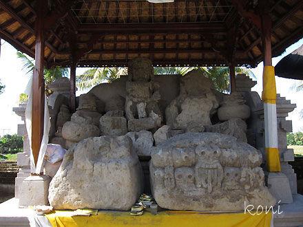 バリ島クボエダン寺院-(5)