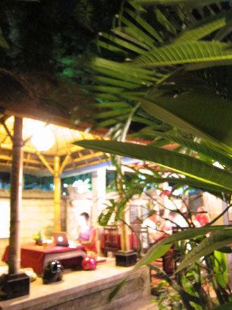 バリ島ワルンマリーナ2