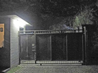 アパートメント入口