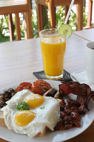 ブッダウィラ朝食3