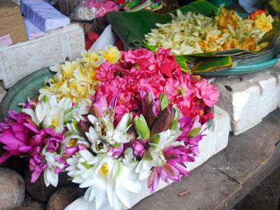 バドゥン市場3