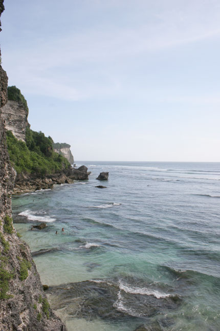 サーフィン・ウルワツの景色