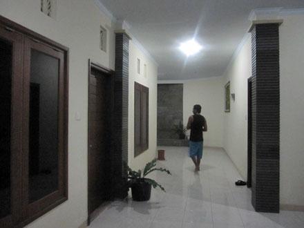 ジンバランアパート2