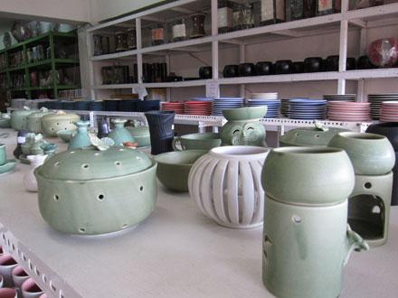 陶器ショップ