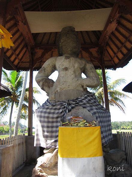 バリ島クボエダン寺院-(4)
